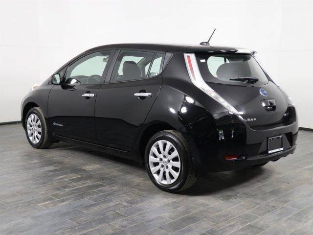 2016 Nissan LEAF 1N4AZ0CP4GC302327