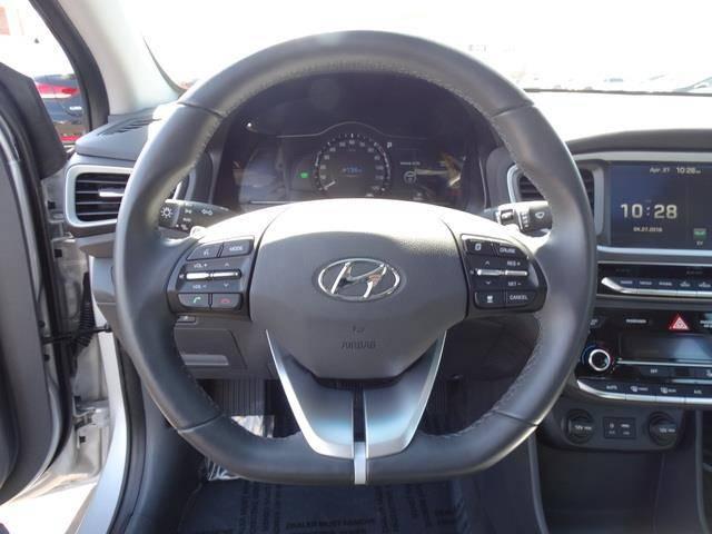 2017 Hyundai IONIQ KMHC05LH9HU004432