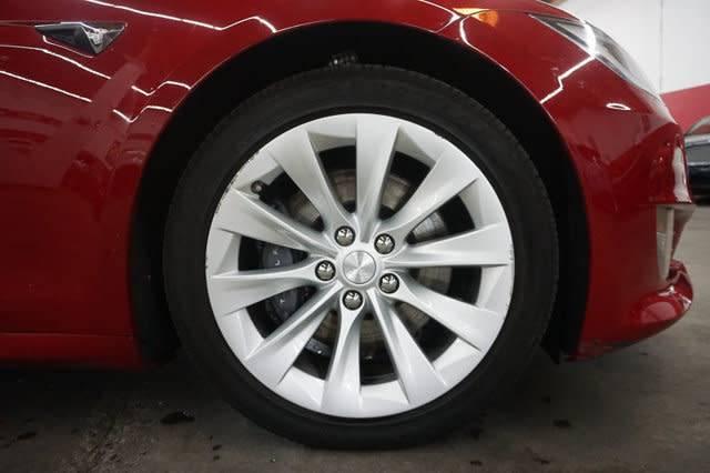 2016 Tesla Model S 5YJSA1E25GF168069
