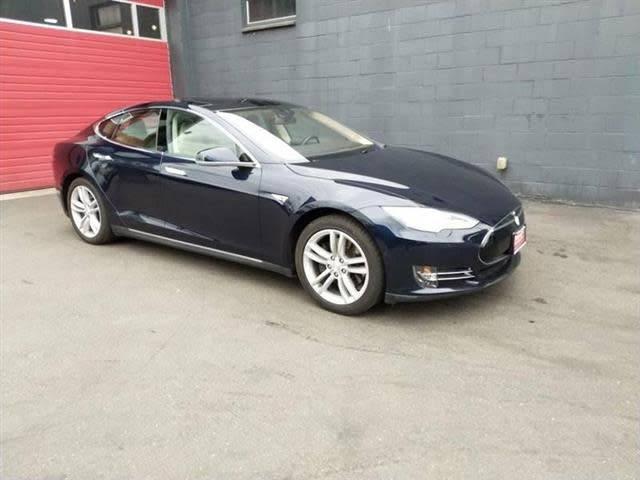 2015 Tesla Model S 5YJSA1H15FFP79835
