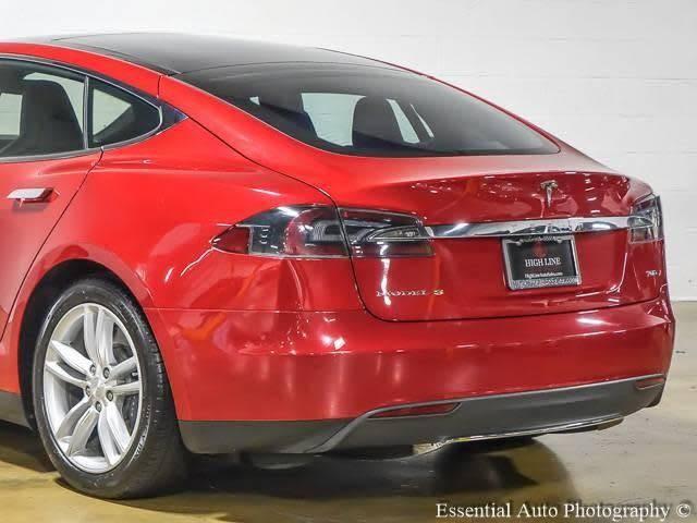 2015 Tesla Model S 5YJSA1S2XFF086423