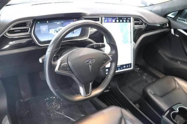 2015 Tesla Model S 5YJSA1H20FF091721