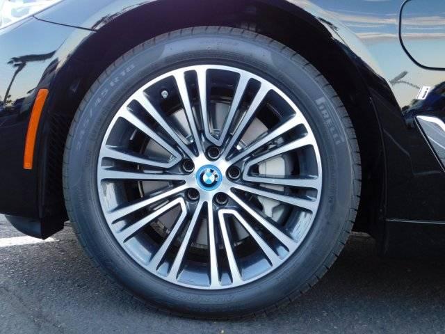 2019 BMW 5 Series WBAJA9C56KB253700