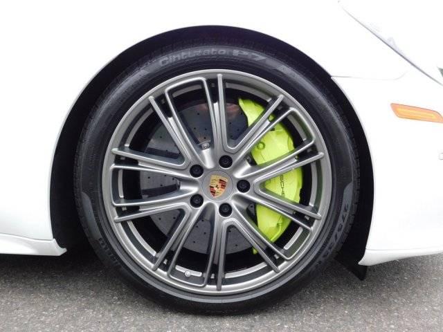 2018 Porsche Panamera WP0AH2A77JL144889