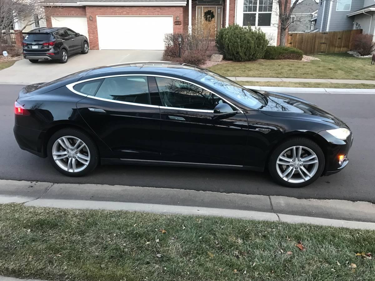 2012 Tesla Model S 5YJSA1DPXCFS00716