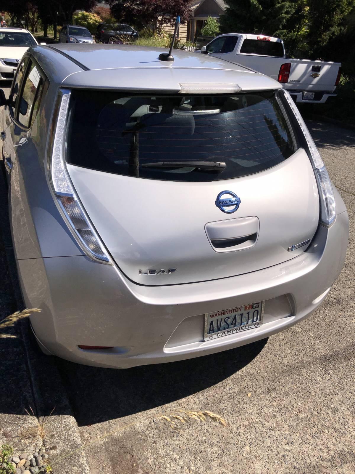 2013 Nissan LEAF 1N4AZ0CP1DC402557