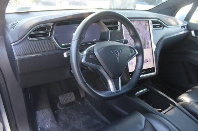 2017 Tesla Model X 5YJXCDE23HF055787