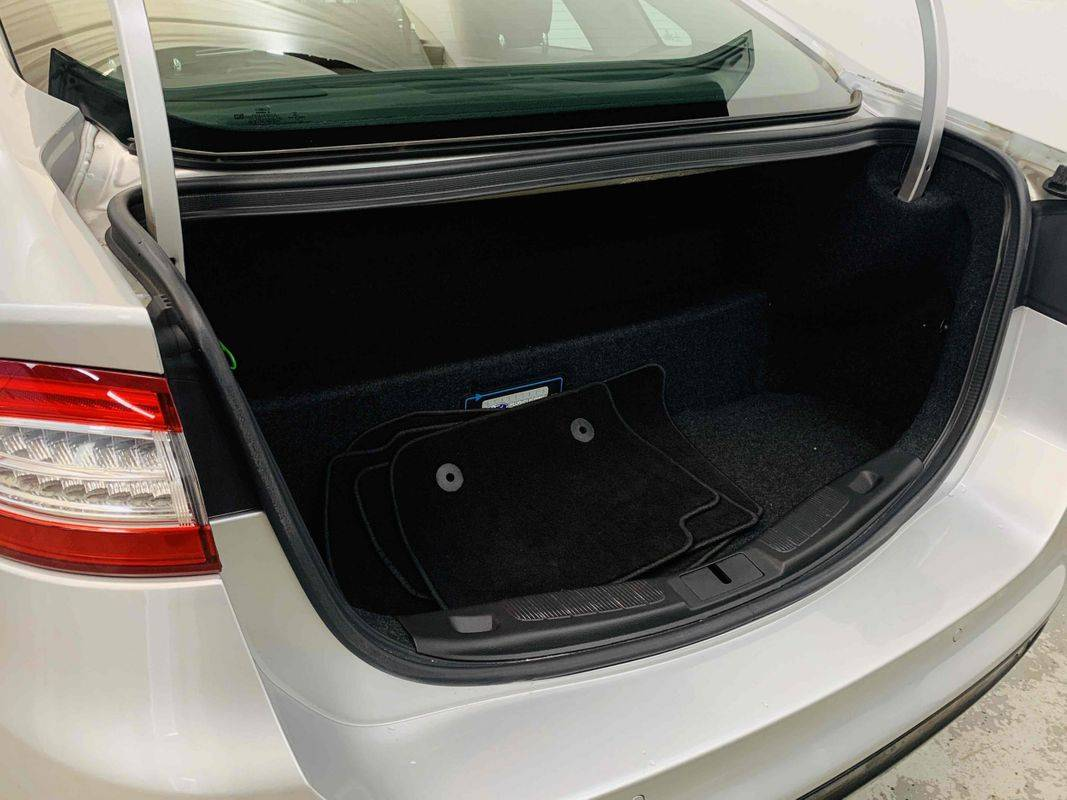 2016 Ford Fusion Energi 3FA6P0SU6GR230860