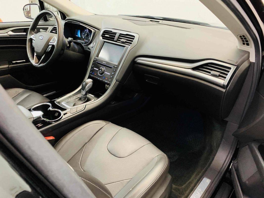 2016 Ford Fusion Energi 3FA6P0SU8GR140237