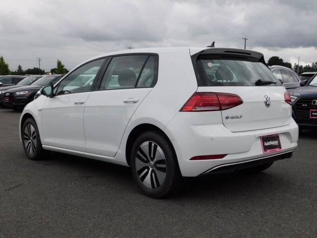 2019 Volkswagen e-Golf WVWPR7AU5KW910497