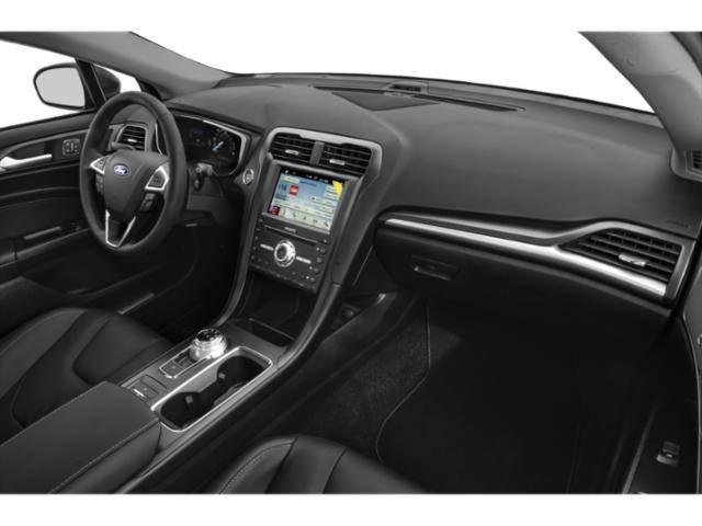 2020 Ford Fusion Energi 3FA6P0SU3LR120472