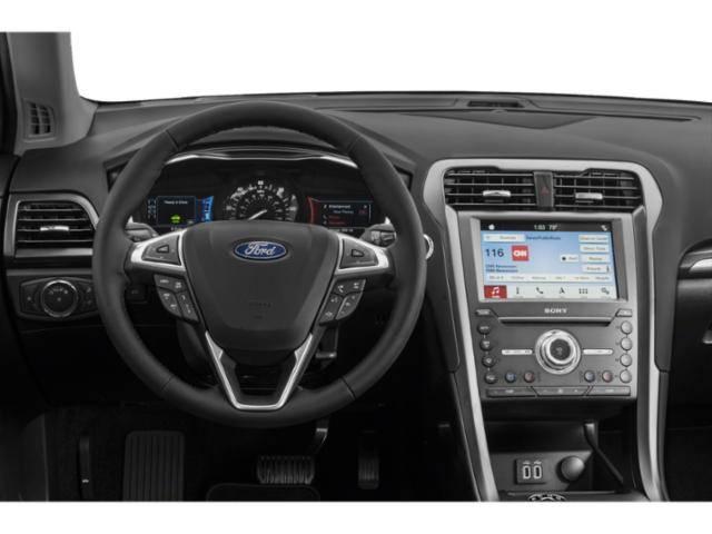 2020 Ford Fusion Energi 3FA6P0SU9LR114093