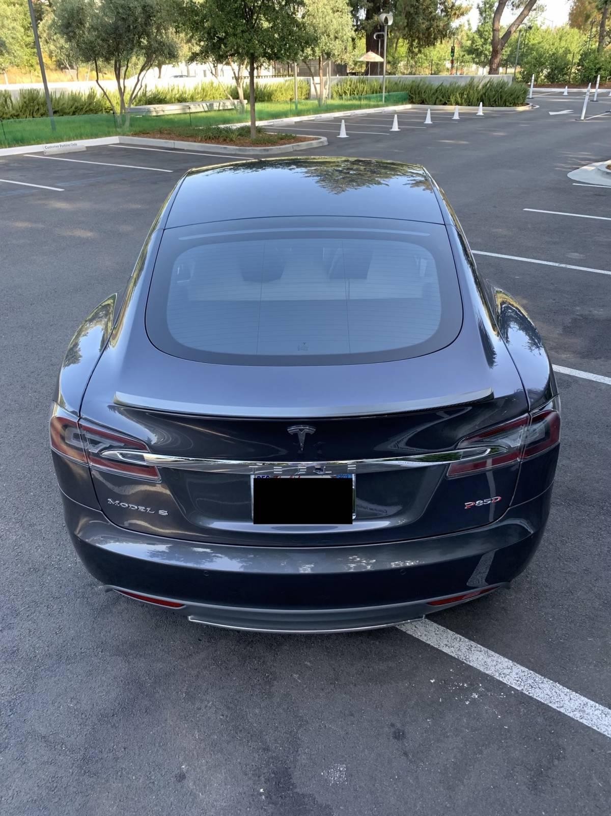 2014 Tesla Model S 5YJSA1H23EFP64368