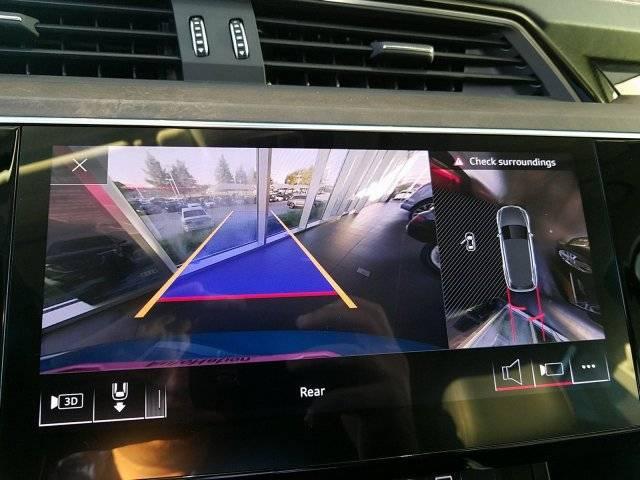 2019 Audi e-tron WA1VAAGE8KB007242