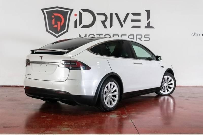 2017 Tesla Model X 5YJXCAE29HF042976