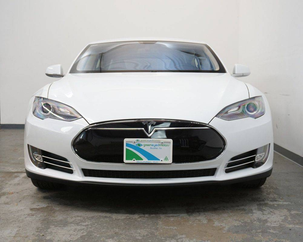 2013 Tesla Model S 5YJSA1CN6DFP14726