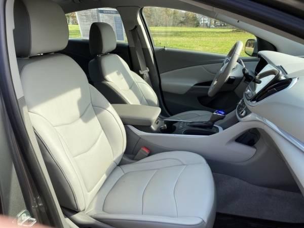 2017 Chevrolet VOLT 1G1RC6S5XHU116698