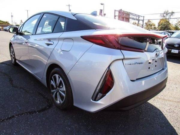 2018 Toyota Prius Prime JTDKARFP9J3098296