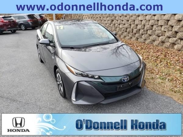 2017 Toyota Prius Prime JTDKARFP3H3065739
