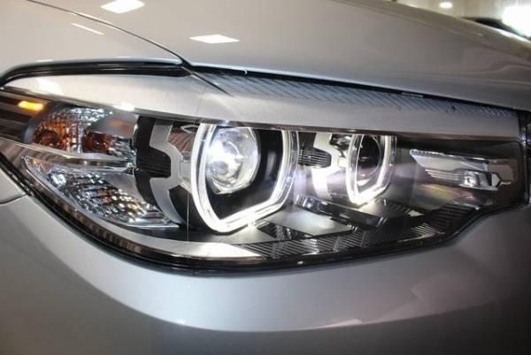 2019 BMW 5 Series WBAJB1C58KB376235