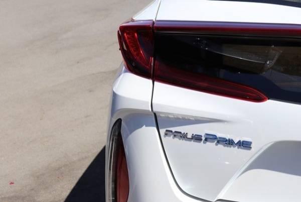 2017 Toyota Prius Prime JTDKARFP7H3003728