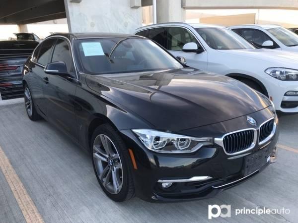 2017 BMW 3 Series WBA8E1C30HA156851