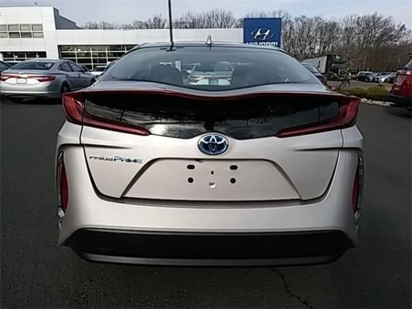 2018 Toyota Prius Prime JTDKARFPXJ3096007