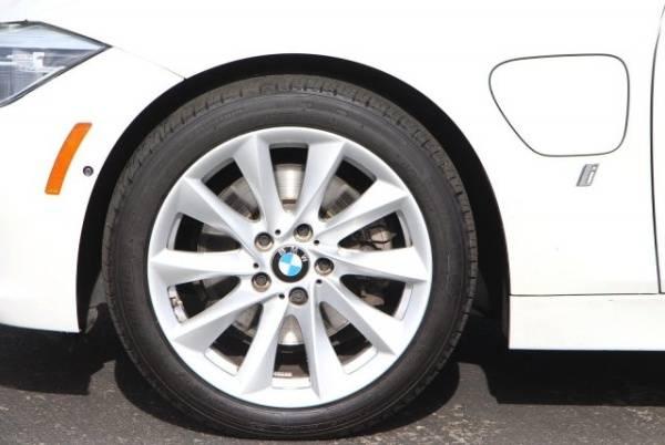 2017 BMW 3 Series WBA8E1C59HK480019