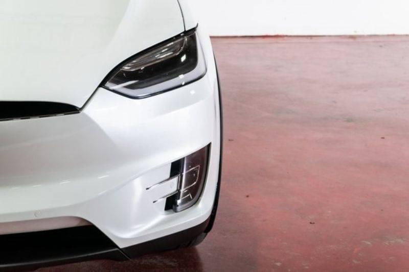 2017 Tesla Model X 5YJXCBE28HF048189