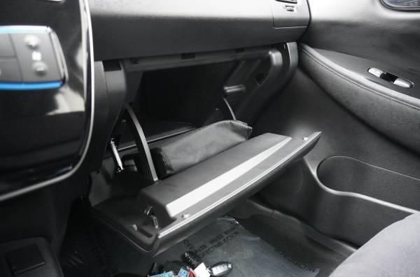 2015 Nissan LEAF 1N4AZ0CP7FC318214