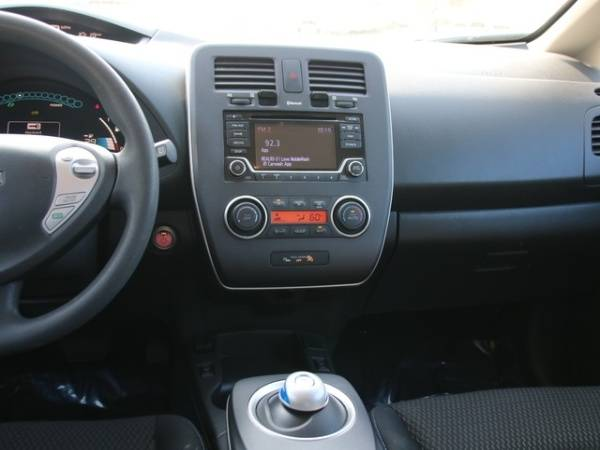 2016 Nissan LEAF 1N4AZ0CP3GC311195