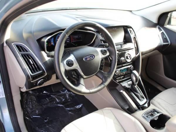 2014 Ford Focus 1FADP3R48EL391852