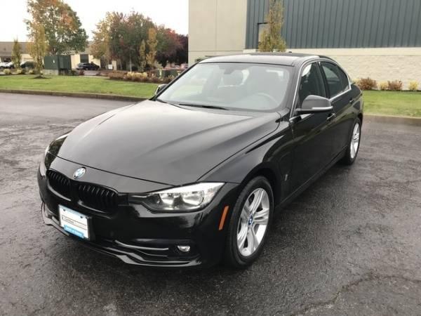 2017 BMW 3 Series WBA8E1C3XHA158784