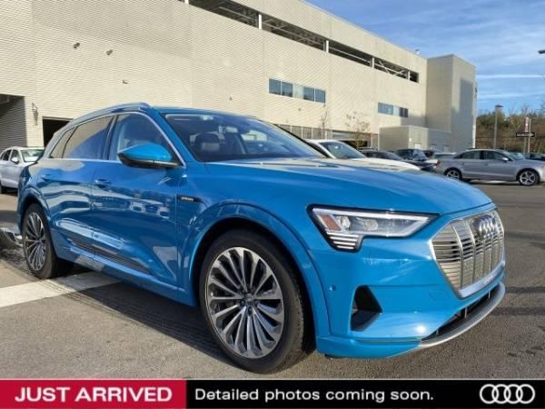 2019 Audi e-tron WA1VAAGE9KB006312