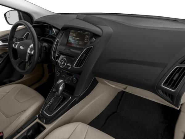 2017 Ford Focus 1FADP3R4XHL333505