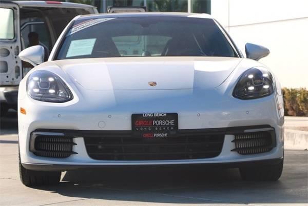 2018 Porsche Panamera WP0AE2A74JL130022