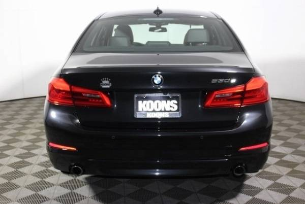 2018 BMW 5 Series WBAJB1C50JB084450
