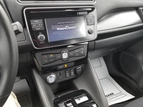2018 Nissan LEAF 1N4AZ1CPXJC305083