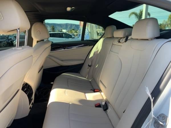 2019 BMW 5 Series WBAJA9C52KB391802