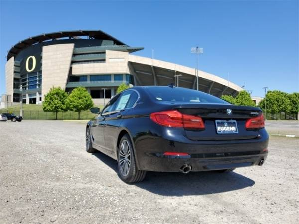 2018 BMW 5 Series WBAJB1C58JB374239