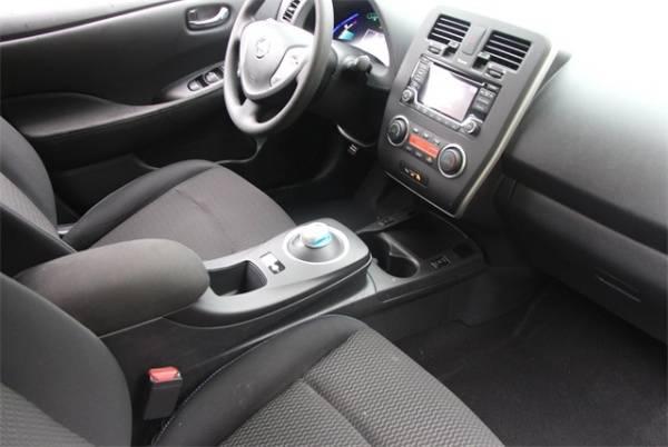 2017 Nissan LEAF 1N4BZ0CP1HC302565