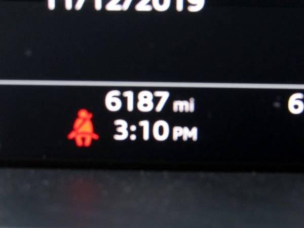 2019 Audi e-tron WA1VAAGE4KB006315