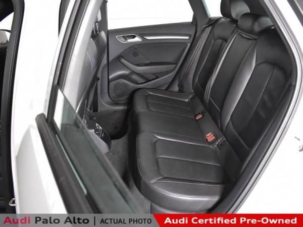 2017 Audi A3 Sportback e-tron WAUUPBFF1HA053281