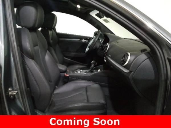 2016 Audi A3 Sportback e-tron WAUTPBFF7GA109315