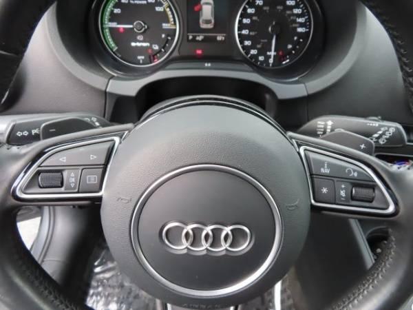 2016 Audi A3 Sportback e-tron WAUTPBFF3GA050649