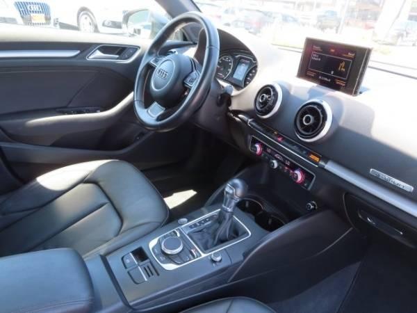 2016 Audi A3 Sportback e-tron WAUTPBFF4GA110101
