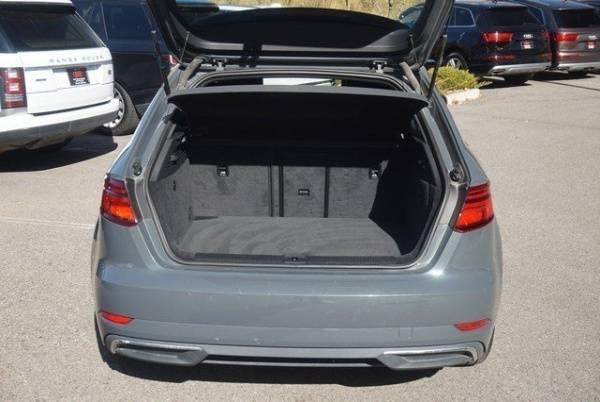 2017 Audi A3 Sportback e-tron WAUUPBFFXHA088269