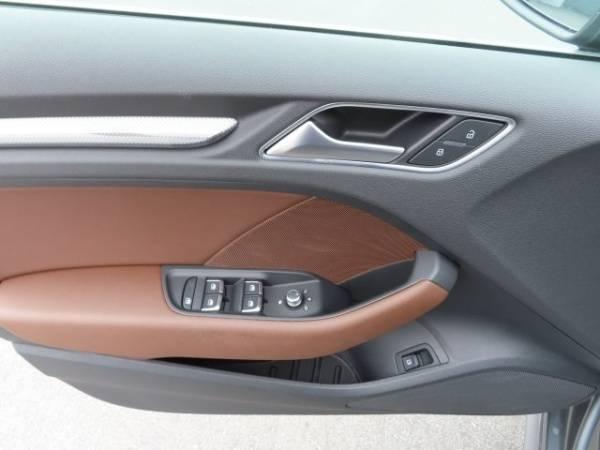 2017 Audi A3 Sportback e-tron WAUTPBFFXHA090518