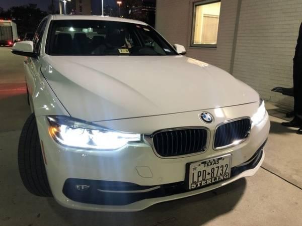 2017 BMW 3 Series WBA8E1C30HA029856