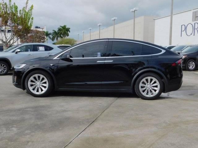 2017 Tesla Model X 5YJXCDE26HF044556